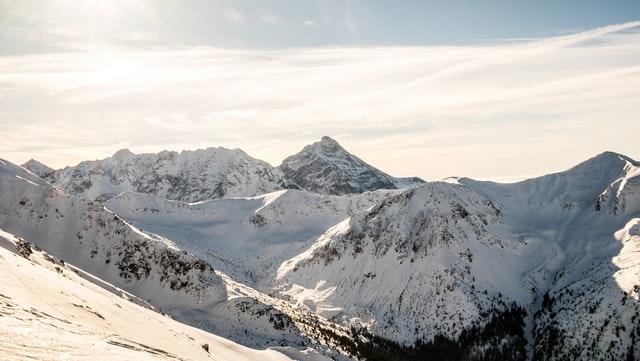 Coroczny doping dla polskich sportowców reprezentujących Polskę w skokach narciarskich.