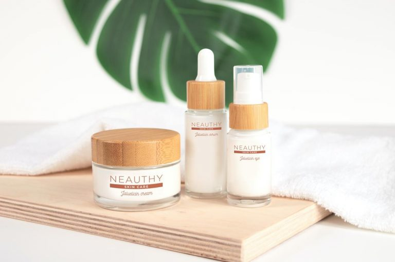 Gdzie warto kupować kosmetyki naturalne na przykładzie EraNatura.pl