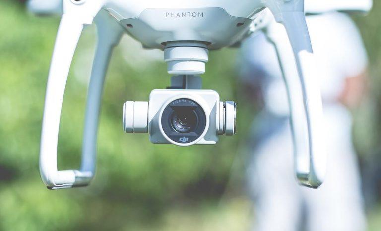 Funkcjonalne ładowarki do dronów