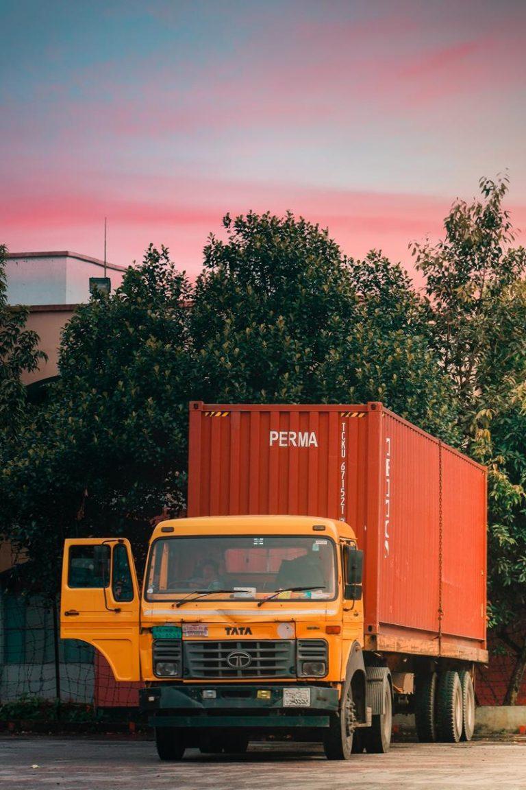 W jakim miejscu bez żadnych problemów wynajmiemy pojazd kontener?