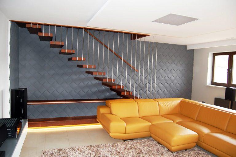 Czy schody kręte są bezpieczne?